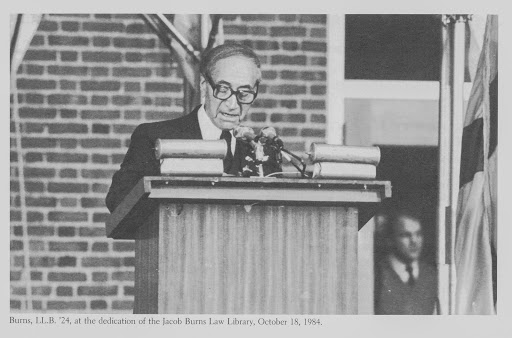 Alumnus and benefactor Jacob Burns, LL.B. '24, speaks at the dedication of the Jacob Burns Law Library (1984).